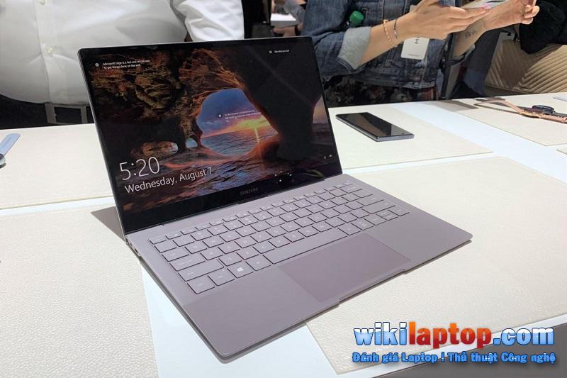 Sforum - Trang thông tin công nghệ mới nhất samsung_galaxy_book_s_main-100807685-large So sánh Samsung Galaxy Book S và Microsoft Surface Pro 6: Thiết bị nào phù hợp với bạn?