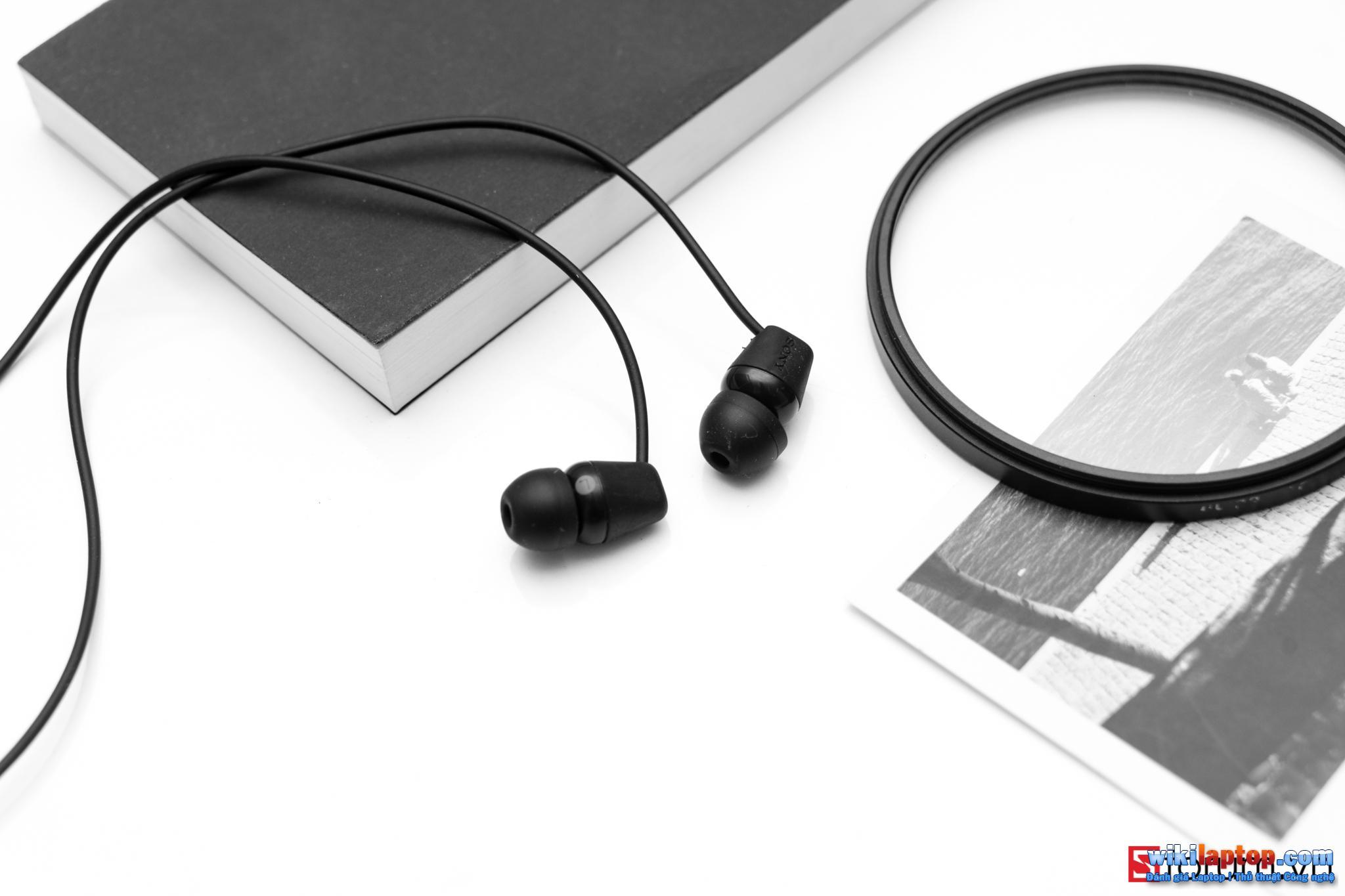 Sforum - Trang thông tin công nghệ mới nhất CPS-Sony-C200-3 Trải nghiệm SONY WI-C200: Tai nghe Bluetooth 5.0, hỗ trợ sạc nhanh, pin 12 giờ và chỉ 990.000 đồng