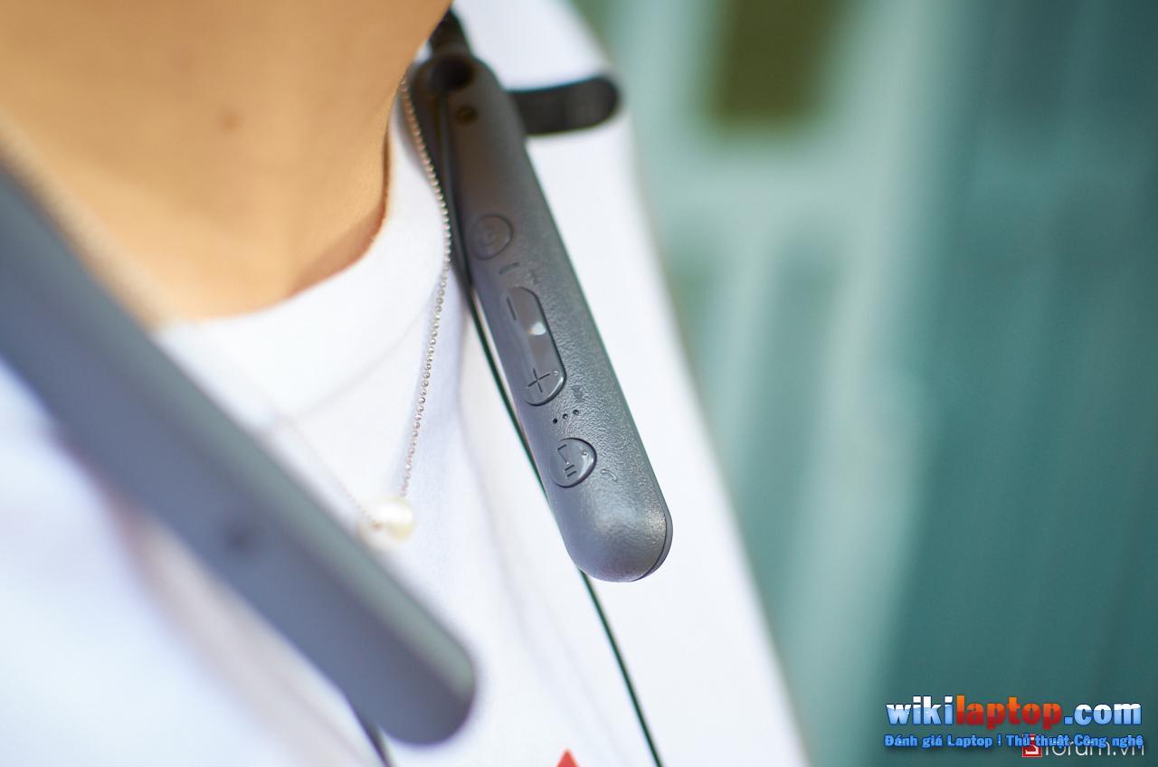 Sforum - Đánh giá DSC_5824 Đánh giá Sony WI-C400 - Tai nghe không dây có thời lượng pin lên đến 20 giờ