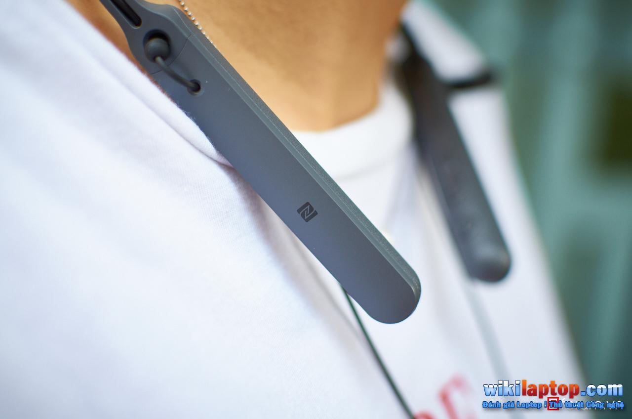 Sforum - Đánh giá DSC_5820 Đánh giá Sony WI-C400 - Tai nghe không dây có thời lượng pin lên đến 20 giờ