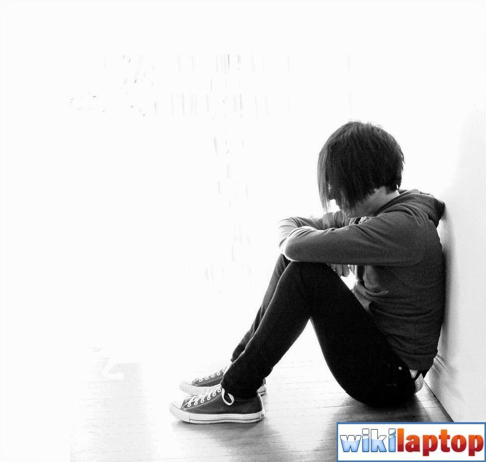 hình ảnh tình yêu cô đơn buồn